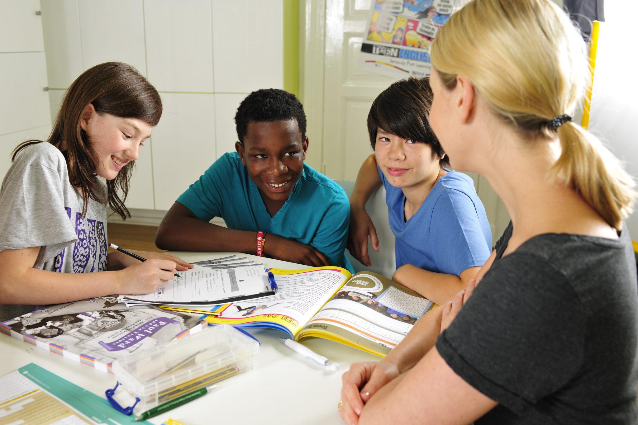 Cambridge gyermek nyelvvizsgák a Helen Doron Nyelviskolában